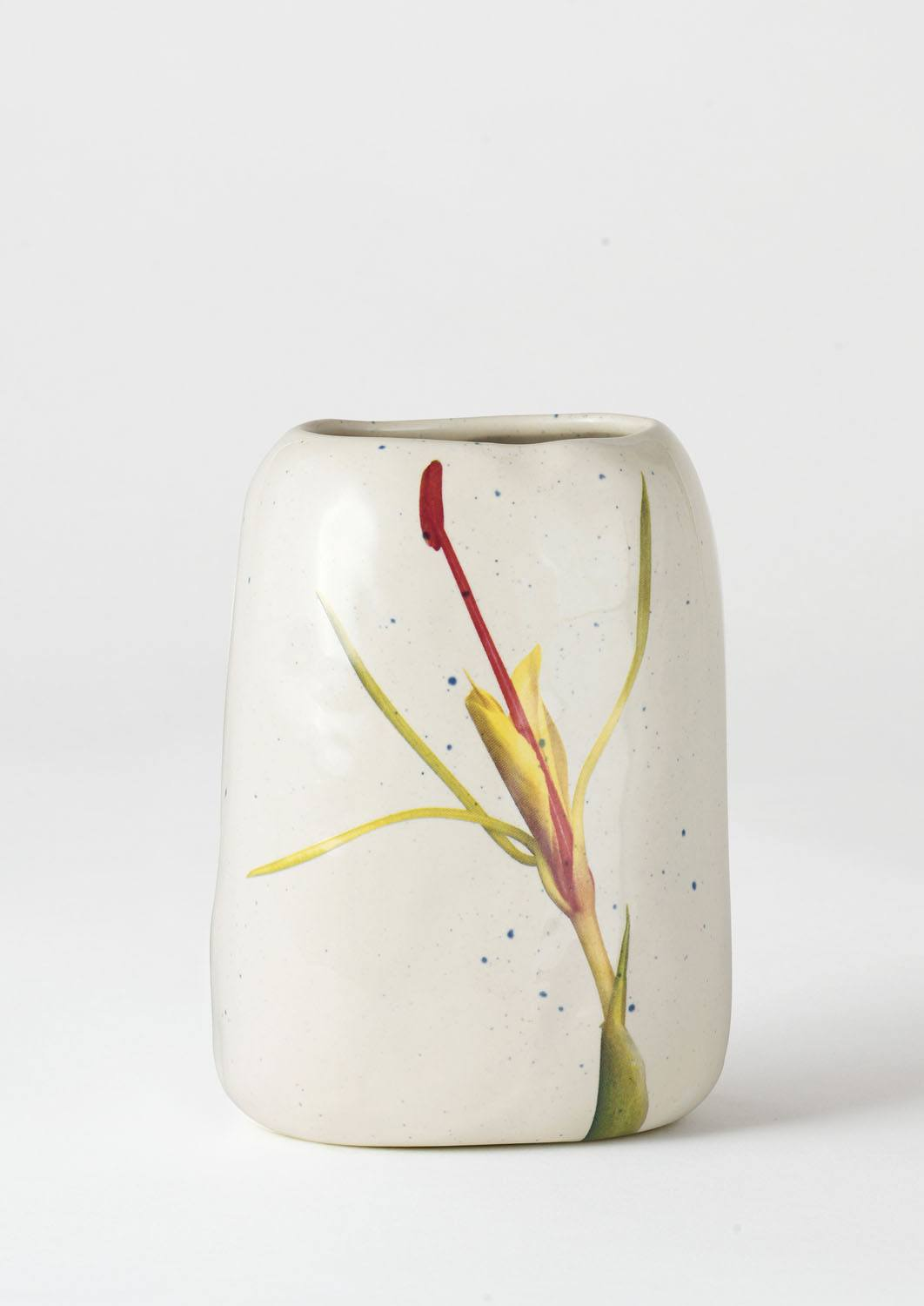 Pebble Vase Yellow Ginger