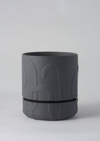 Angus & Celeste Abstract Relief Plant Pot - Brush Line Thick Charcoal