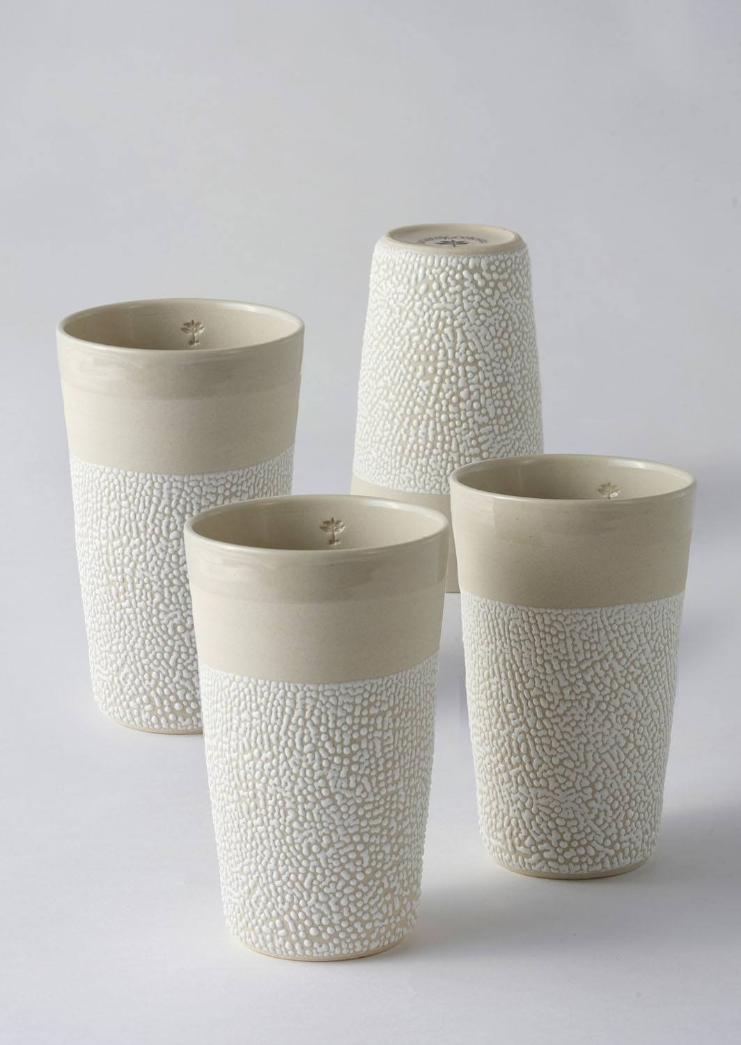 Angus & Celeste White-Water Bead Tumblers 4 Cup Set